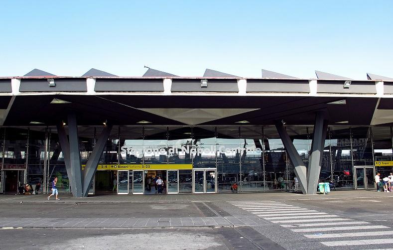 Flughafentransfer Neapel